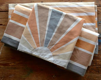 Vintage twin bedding set: twin flat and fitted sheet, standard pillowcase