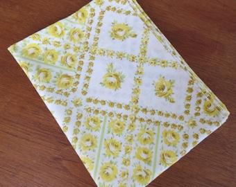 "Vintage Pillowcase - Yellow Rose Plaid - 31"" x 20"""