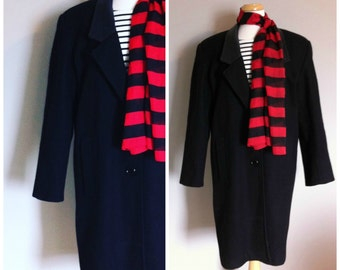 Vintage BLACK OVERCOAT with LEATHER Collar/size Medium-Large