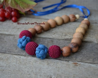 Wrap Scrap Teething necklace, Babywearing necklace,Nursing necklace, Denim blue Red,  Gift for baby mom ,Breastfeeding necklace ,Safe eco