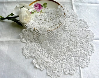 Vintage Linens - Lace Doily - Hand Made Lace - Irish Lace- Round Crocheted Centrepiece -Off White Lace - Table Topper - Cabinet Dainty Doily