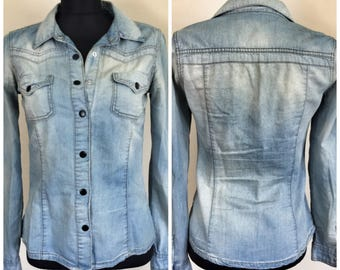Distressed jean shirt size M