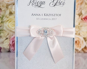 Wedding Guest Book - Personalized - white and light pink - brooch / glitter - light pink