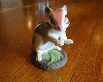 Boehm Sitting Chipmunk Figurine, #400-84, 1970s, Porcelain Wildlife Sculpture, Animal Figure