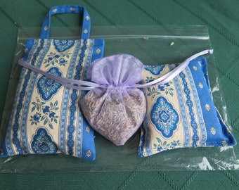 Lavender sachets, set of 3 sachets. fabric from Provence, France.Unique gift.Gift for her.Esterel in blue