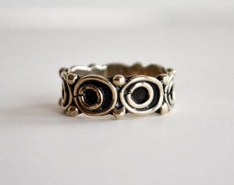 Vintage Mexican Sterling Silver Ring | 1970's Silver Ring | Boho Style | Mechoen Mexico | Band Ring | Southwestern Style
