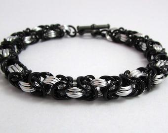 Black and Silver Bracelet – Byzantine Chainmaille Bracelet - Nickel Free Chain Bracelet for Men and Women - Handmade Chainmail