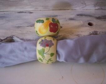 2 Wood napkin ring/Round wood napkin rings/Napkin rings/Wood Napkin decoration/Home decor/Table decor/Vegetable and fruit wood napkin rings