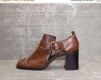 35% OFF Vtg 90s Brown Leather Chunky Block Heel Cutout Sandala Shoes 7.5