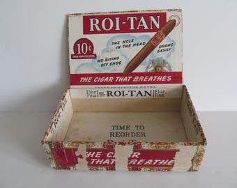 Roi Tan Wooden Cigar Box Flor Fina El Roi Tan Cigar Labels Cigar Box Tobacciana Antique Cigar Box Vintage Cigars