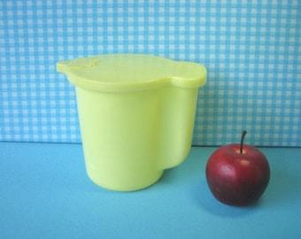 Vintage Tupperware Creamer - 131-2 - Quart Size - Milk Pitcher - Yellow  - Flip Top  - 1970's