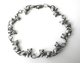 Sterling Silver Cats Holding Hearts Linked Bracelet
