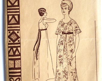 Vintage 1950s Womens Hawaiian Scoopneck Muu Muu Evening Dress Sewing Pattern Size 8 Polynesian Pattern 144