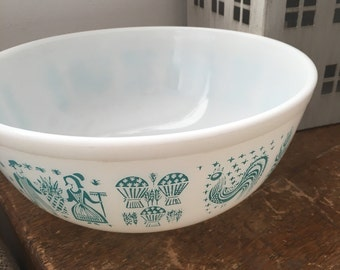 Pyrex Butterprint Amish 404 Rare HTF Mixing Bowl