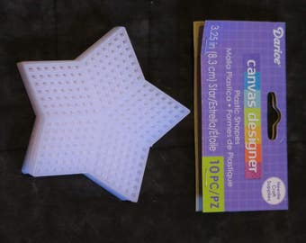Plastic canvas star shaped blanks,3.25 inch diameter, 10/pkg,Darice Craft Designer,needle craft,July 4th,Christmas