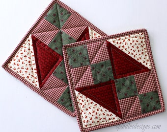 Quilted Potholders, Country Potholders, Quilted Potholders, Quilted Hot Pads, Country Trivet, Potholders Set of 2