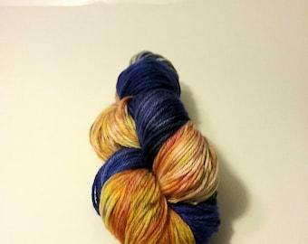Hand Dyed 75/25% SW Merino Wool/Nylon DK/Light Worsted Weight Yarn - 'Sunset to Dusk'