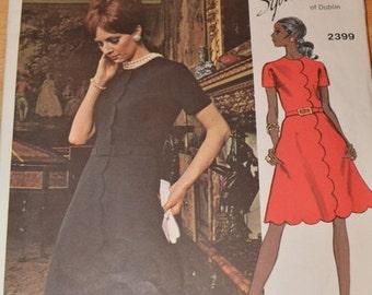 RARE, Vintage Vogue 2399, Vogue Couturier Design, Sybil Connolly, Couturier Dress pattern size 12