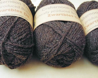 On SALE until June 30th! Zwartbles DK 50g Ethically produced British wool, natural and undyed. 110 metres/120 yards