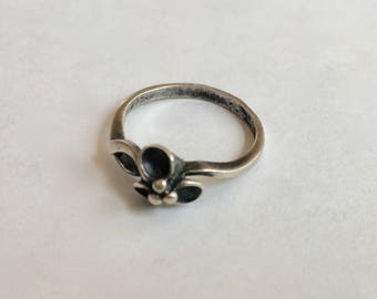 vintage silver flower ring, size 6