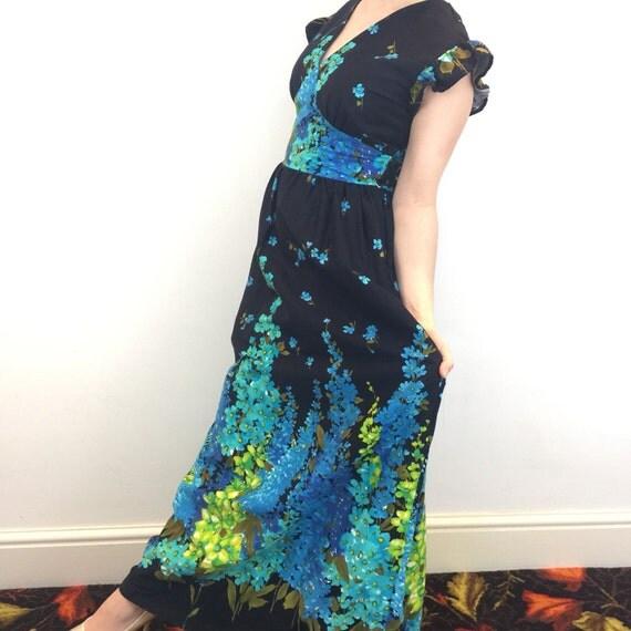Maxi dress 1970s flower power long flared skirt black blue foxglove print UK 12 boho festival floral boho hippy summer frock hollyhock bark