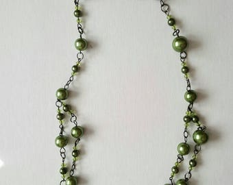Green faux pearl necklace/mother/sister/gift for her/casual/brunch/wedding/birthday/aunt/bridesmaid/mothers day/boho/classic/lunch/night out