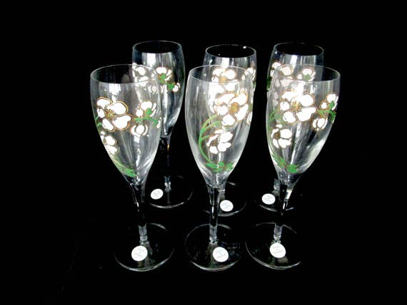 Champagne Flutes, Perrier Jouet Set of 6, Made in France, Original Tags and Packaging, Toasting Flutes, Wedding Flutes, Champagne Lover