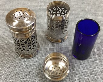 Vintage  925 Sterling Silver Salt And Pepper Shakers With Blue Cobalt Liners  !!!