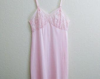 Pink Nylon Slip 38 Lace - Mid Century Pinup Large - Seamprufe