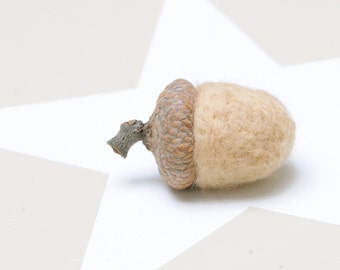 10 Felted Acorn