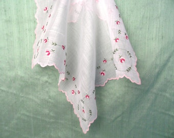 Pink floral handkerchief /  vintage hankie with scalloped edge