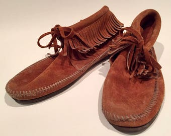 Vintage Brown Leather Moccasins with Fringe and Indoor/Outdoor Rubberized Sole SIZE 10