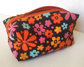 Handmade make up bag toiletry bag in pink and orange floral vintage fabrics. Fully lined. Mod Retro style genuine vintage fabrics retro bag