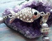 Freshwater pearl fish bracelet,, potato, freshwater pearl and swarovski bracelet, ,  1930s bracelet for feminin vintage  art deco, boho