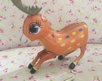 Retro Vintage Style Collectable Wind-up Jumping Tin Reindeer