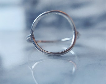 The Delicate Circle Ring