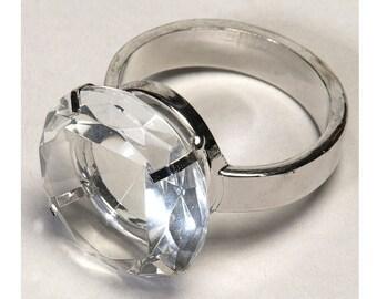 Crystal napkin ring holder