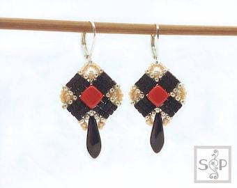"""MaterialKIT  earrings """"True Turn""""  black/red"""