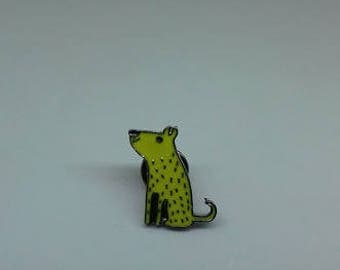 A quirky yellow dog enamel brooch pin