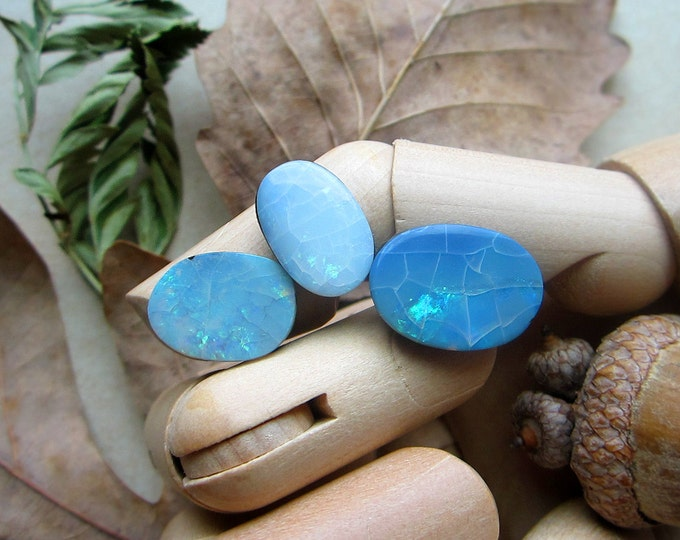 Set of 3 free form natural Australian Fire Opal doublet cabochons. Blue-green-gold flashes. FREE US shipping and 7.00 USD International.