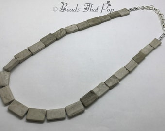 Neutral Chunky Necklace, Beige Stone Beaded Necklace,  Statement Necklace, Long Necklace, Chunky Necklace, Great For Any Outfit!