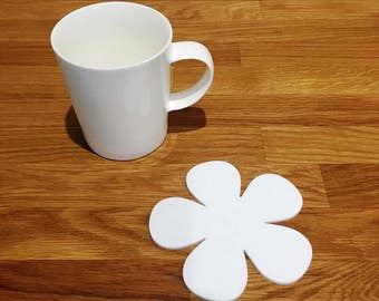 Daisy Shaped White Gloss Finish Acrylic Coasters