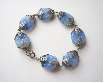 Vintage glass bracelet, 1950's glass bead bracelet, periwinkle blue glass, blue glass bead, light blue glass, blue milk glass