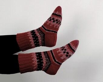 Women wool socks-Knitted socks-Warm socks knitted-Handmade socks-Burgundy-for women-Natural socks-Winter socks-knit home socks-hand knitted