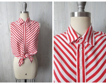 stripe for the picking | Women's Vintage 80s LizWear Red & White Striped Cropped Tie Front Button Down Sleeveless Blouse // Size XS S