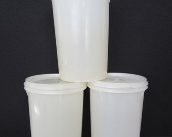 3 Vintage Tupperware  Storage Containers #321 with lids