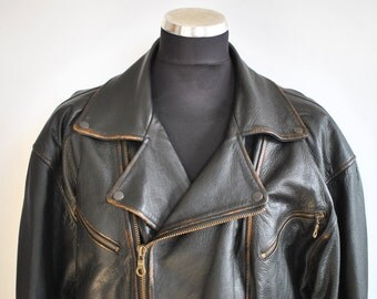 Vintage MEN'S LEATHER JACKET , men's biker leather jacket ............(323)