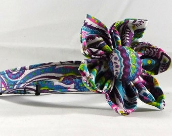 Cat Collar or Kitten Collar with Flower or Bow Tie -  Purple Paisley