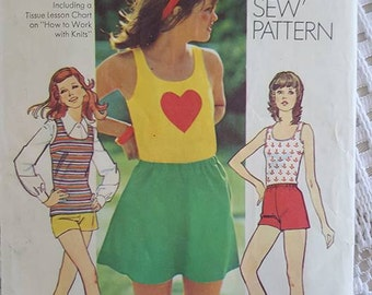 70s Vintage Young Junior/Teens and Misses Pullover Top, Mini-Skirt, Shorts Sewing Pattern Simplicity 9979 Size 14 Cut, Counted, Complete