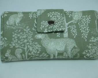 Womens Wallet, Wildlife Wallet, Ladies Bifold Clutch